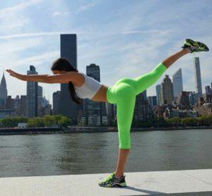 10 segreti di allenamento della leggendaria fitmodel americana che ha convinto mezzo mondo di avere la formula per far crescere i muscoli natural